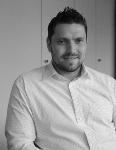 Uwe Göpel (M.A.) studierte Politikwissenschaft (HF), Kommunikations- und Rechtswissenschaft an der TU Dresden. Er arbeitet seit 2007 im Konrad-Adenauer-Haus, derzeit ist er Teamleiter Online im Bereich Marketing und Interne Kommunikation der CDU-Bundesgeschäftsstelle.